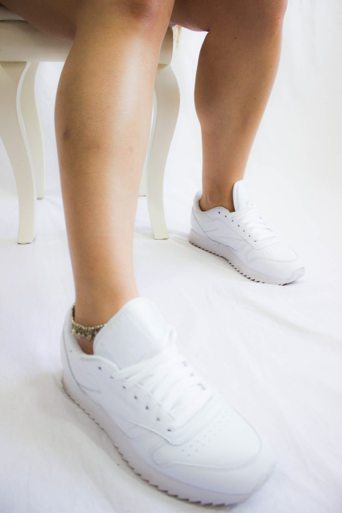 weißen Sneaker 3